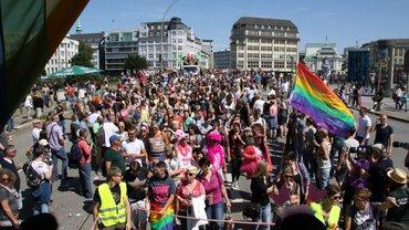 Parade des CSD Hamburg